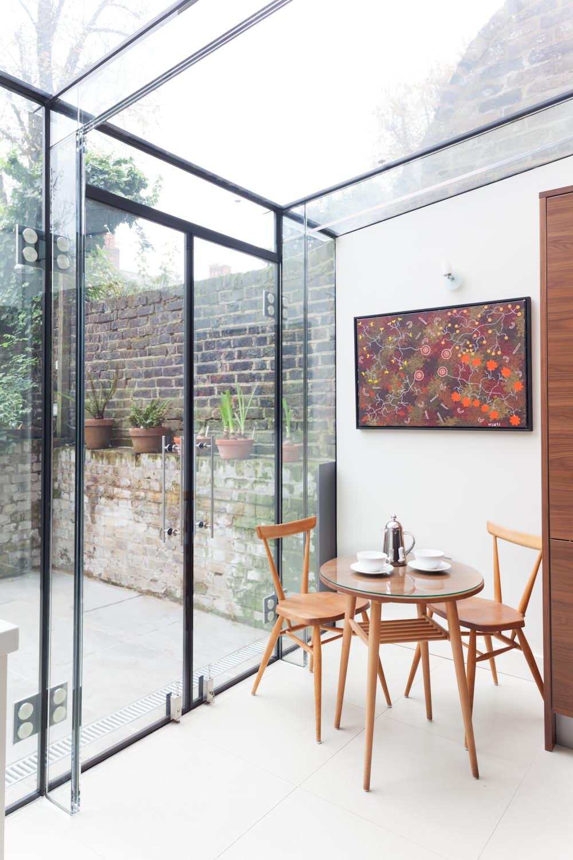Lampade Sopra Tavolo Da Pranzo design e interni di una sala da pranzo per cucina. l'interno